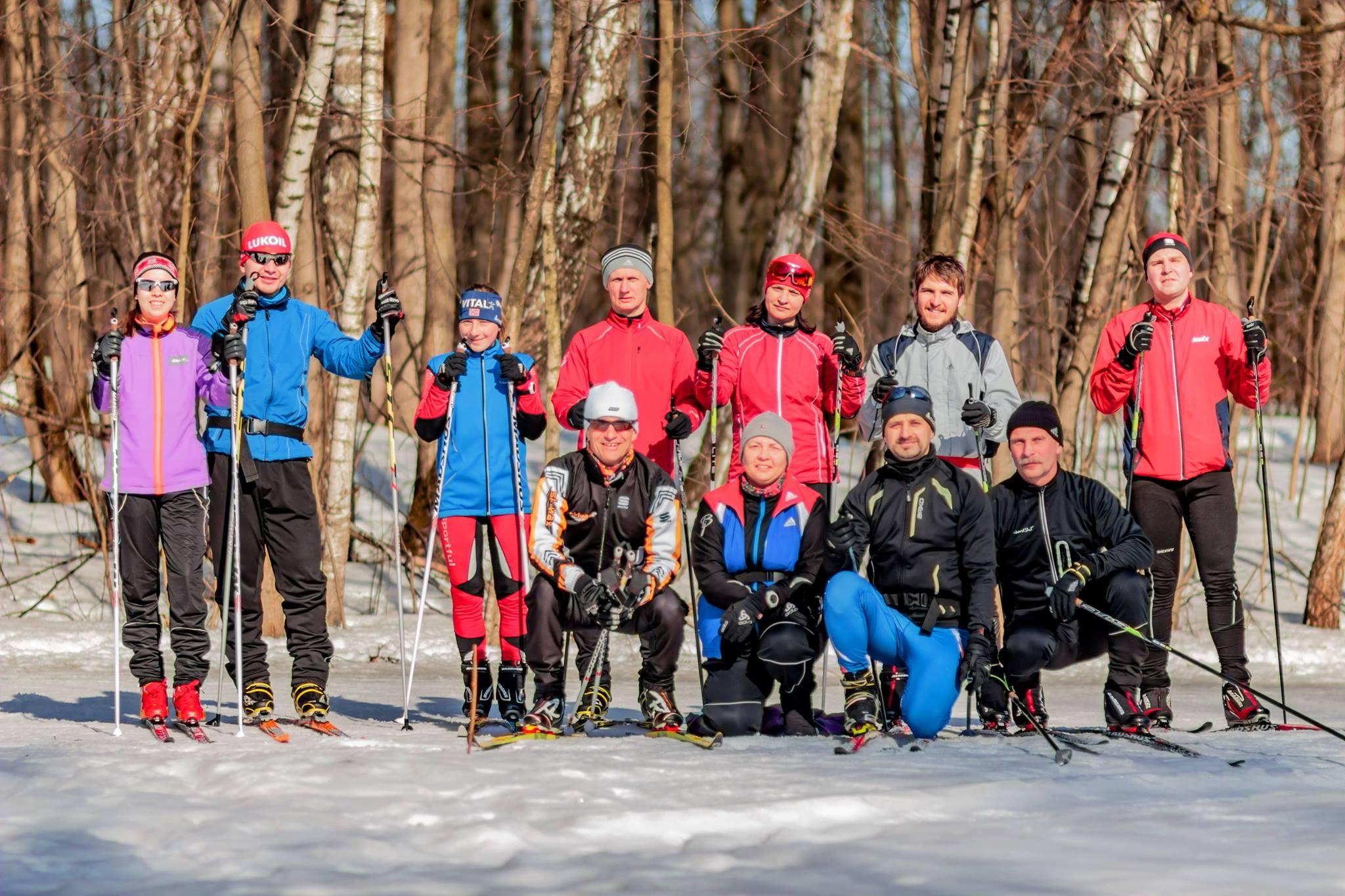 Во время групповой тренировки по лыжам клуба STRELA в Битцевском парке