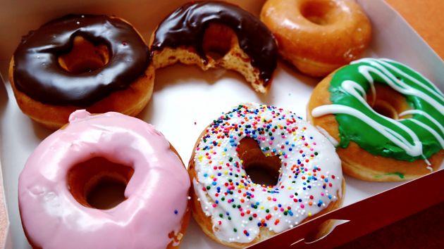 избегайте сладкого и переработанных продуктов