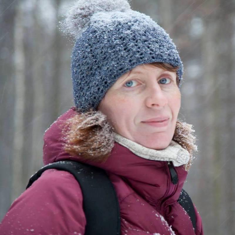 Ольга Полякова - инструктор по беговым лыжам, бегу для начинающих обучению езде на велосипеде